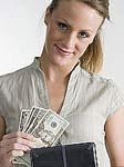 Женщины зарабатывают на 16% меньше мужчин
