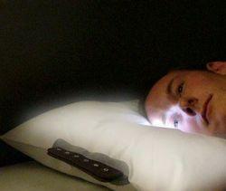 Glo Pillow - необычный будильник-подушка