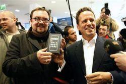 Пользователи iPhone счастливее владельцев BlackBerry