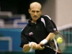 Николай Давыденко вышел в полуфинал турнира в Дубае