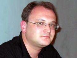 Правозащитники просят освободить Максима Резника