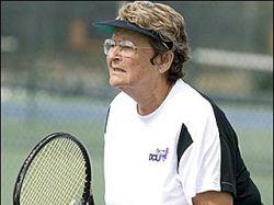 В Америке в теннисные академии принимают учениц на седьмом десятке