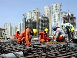 Дефицит жилья заставил арабов встать в очередь за виллами