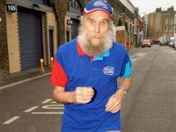 Он поёт, он бегает, и ему всего лишь 101 год