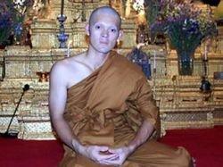 Тайский теннисист Данай Удомчок решил заточить себя в стенах буддистского храма
