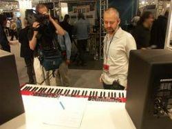 Компьютеры играют музыку во Франкфурте