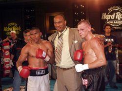 Российский боксер Сергей Сорокин выиграл титул WBC International