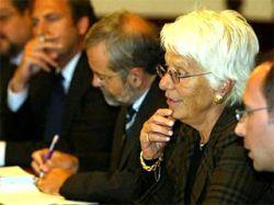 Сербия требует запретить автобиографическую книгу Карлы Дель Понте об охоте на военных преступников