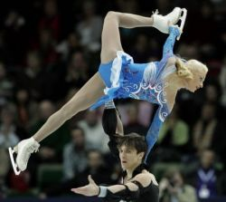 Лучшая российская пара - Оксана Домнина и Максим Шабалин - не выступит на чемпионате мира по фигурному катанию