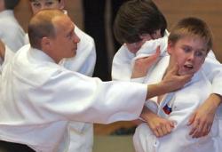 Три подвига, совершенные Путиным, и три будущих подвига для Медведева