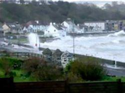 Ураган обесточил север Ирландии