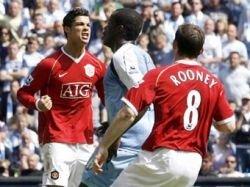 Красный цвет футбольной формы один из факторов победы