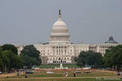 Власти США подняли тревогу и истребители из-за самолета, нарушившего воздушное пространство над Вашингтоном