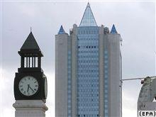 """Конец спора: \""""Нафтогаз\"""" получил низкую цену на газ, а \""""Газпром\"""" - 10% рынка Украины"""