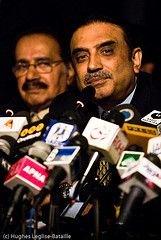 Вдовец Беназир Бхутто Асиф Али Зардари собирается стать премьер-министром