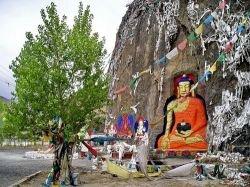 Туристы не могут покинуть Тибет