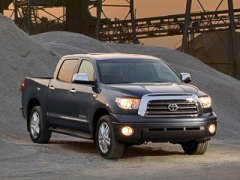 У Toyota по-прежнему не ладится с выпуском пикапов