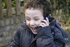 Детские мобильники - за и против