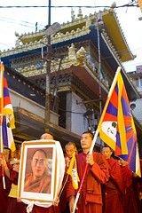 Далай-лама готов пожертвовать собой ради мира на Тибете