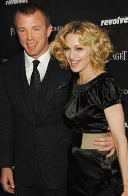 Мадонна отрицает слухи о разрыве с мужем