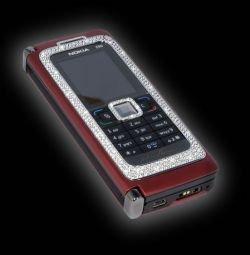 """""""Драгоценная"""" Nokia E90"""