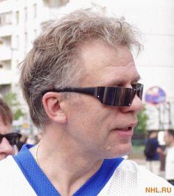 Вячеслав Фетисов приодел космонавтов