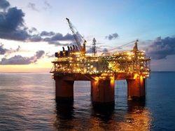 Цены на нефть опустились ниже 100 долларов за баррель