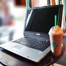 Starbucks нанимает блоггеров на работу, чтобы вернуть клиентов