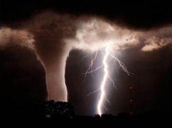 Атмосферные гравитационные волны могут вызывать торнадо