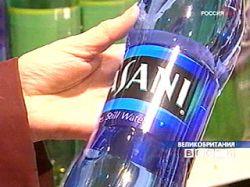 В лондонских офисах запретили пить воду из бутылок