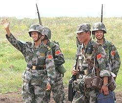 Китай стягивает к Тибету войска