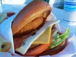 Американки любят гамбургеры больше американцев