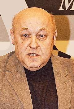 Генерал Юрий Балуевский капитулировал перед штатским министром Анатолием Сердюковым
