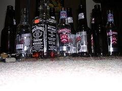 В стремлении быстро похудеть австралийские студентки заменяют пищу алкоголем
