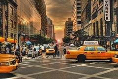 Таксисты Нью-Йорка устроили акцию протеста: требуют разрешить пользоваться мобильниками за рулем