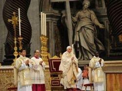 Папа Римский крестил известного мусульманского журналиста