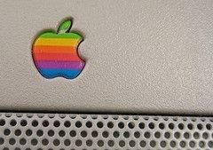 Исследователи обнаружили, что логотипы IBM и Apple воздействуют на подсознание