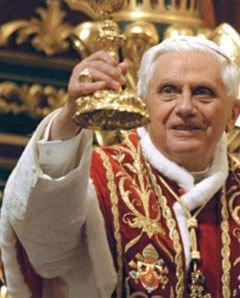 Папа римский Бенедикт XVI говорит о рабстве, но пока молчит о Китае