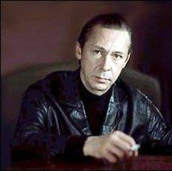 Олег Ефремов стал героем книги