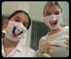 Маски для тех, кто боится зубных врачей от Colgate (фото)