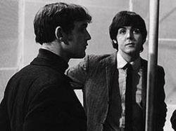Музыкальные критики ищут мемуары умершего менеджера The Beatles Нила Аспиналла