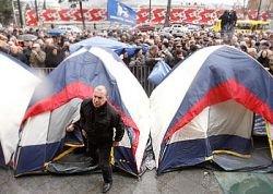 Оппозиция Грузии по просьбе патриарха прекратила голодовку, продолжавшуюся 17 дней