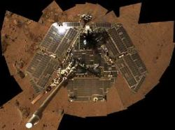 NASA не выключит марсоходы