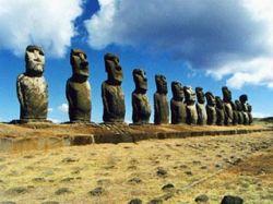 На острове Пасхи арестован финский турист: он отломил ухо у уникальной каменной статуи