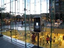 Коммуникаторы iPhone стали дефицитом в Нью-Йорке