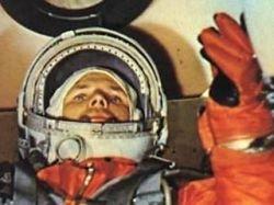 Шесть версий гибели первого космонавта Гагарина: от украденных парашютов до метеозонда