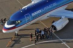 Иванов опроверг информацию о срыве сроков поставок новых самолетов гражданской авиации Sukhoi SuperJet-100
