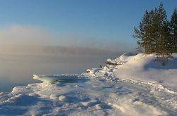 Побережье Белого моря - лучшее место для занятий айс-дайвингом