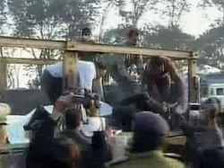 В Индии грузовик въехал в толпу партийных активистов: 6 погибших, 30 раненых