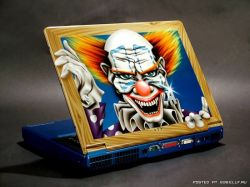 Креативные рисунки на ноутбуках (фото)
